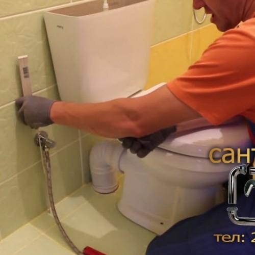 Установка унитаза в ванной комнате и туалете