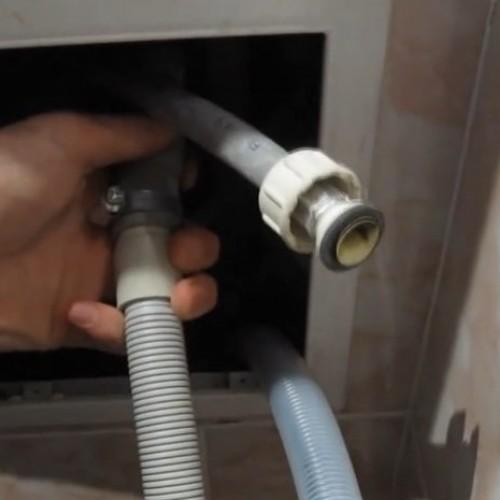Процесс подключения стиральной машинке