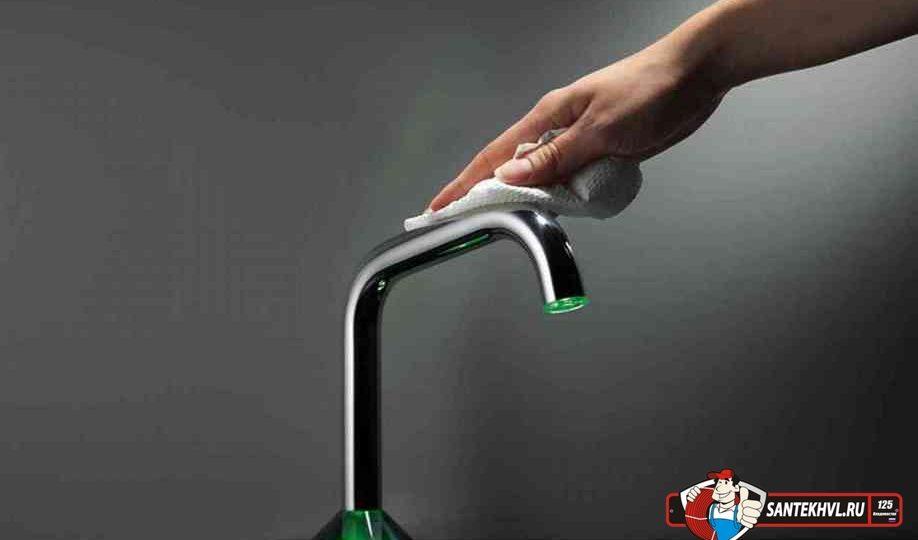 Как чистить хромированный смеситель дома